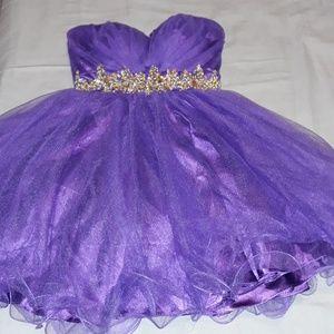 Dresses - A party dress